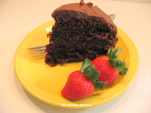 "Hershey's ""Perfectly Chocolate"" Chocolate Cake at Miz Helen's Country Cottage"