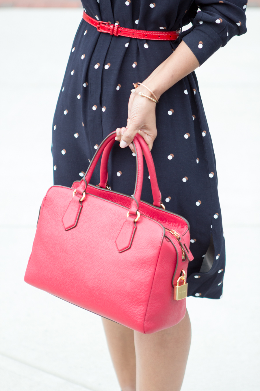 office style, work style, career woman, dress for success, corporate fashion, 9 to 5 style, office style, work wear, women's wear, petite fashion, ann taylor, satchel, red satchel, bright accents, off to work