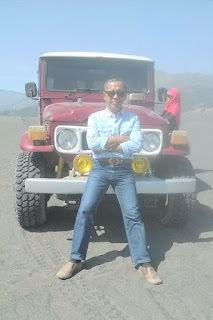 Jeep di gunung Bromo