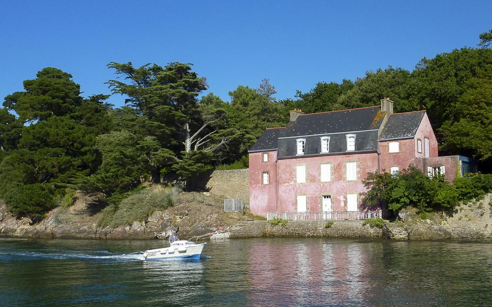 At killarney 39 s lundi soleil 18 for Eugenie les bains la maison rose