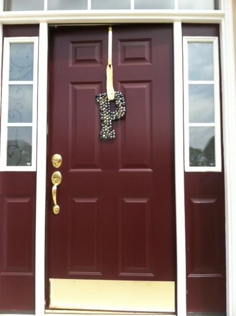 Two It Yourself Diy Front Door Decorations Monogram Letter