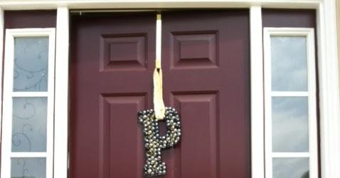Two It Yourself: DIY Front Door Decorations: Monogram Letter