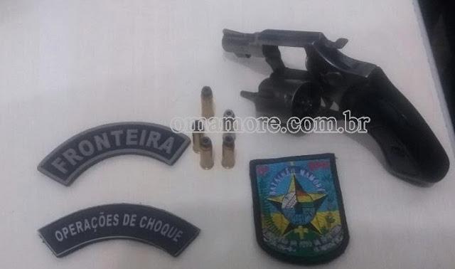Unesfron: Dupla é flagrada transitando em rodovia com arma de fogo