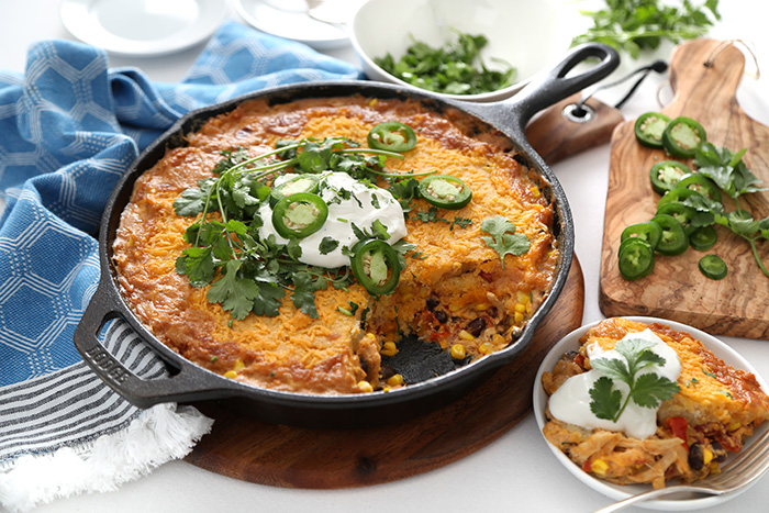 Spicy Southwest Chicken Cornbread Skillet Bake