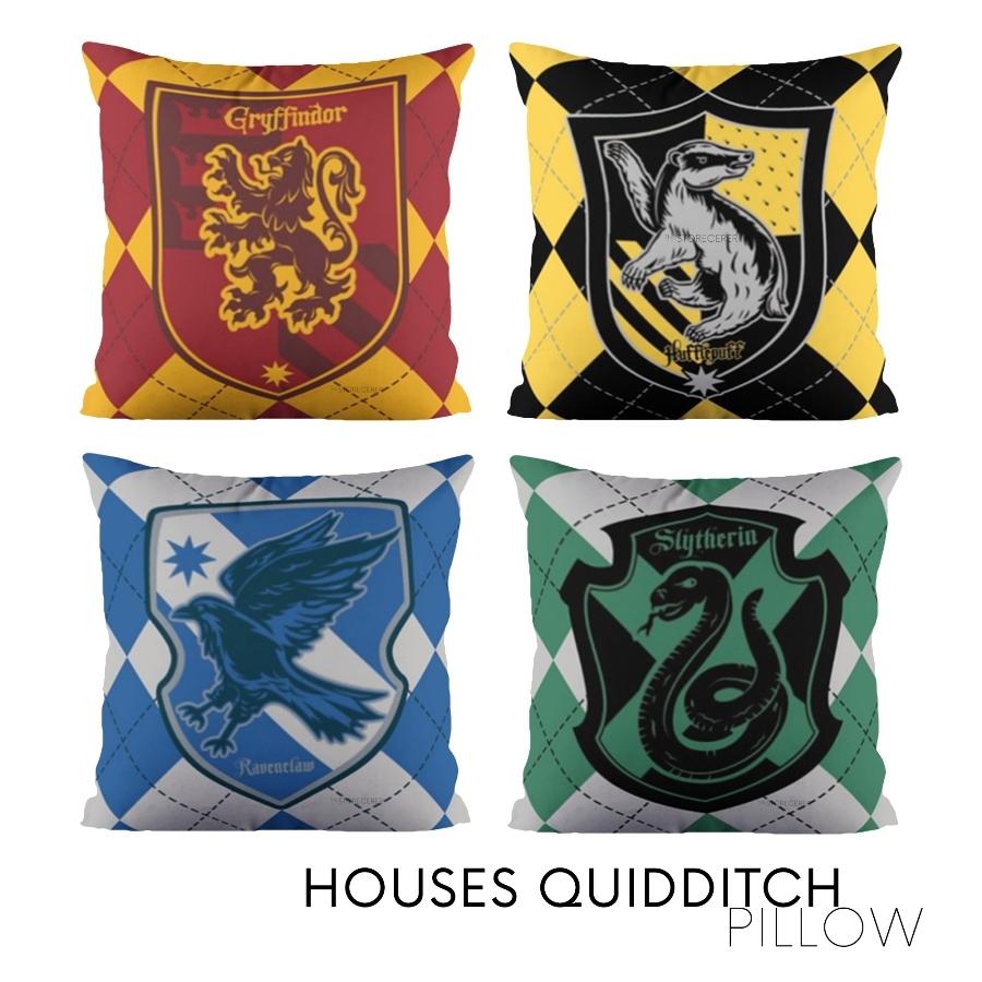 bantal kotak quidditch asrama hogwarts