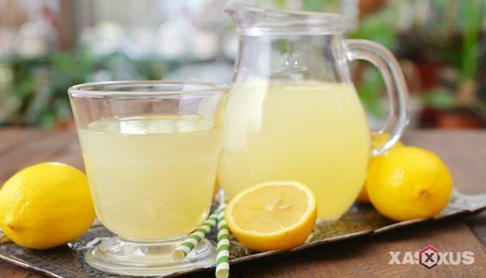 Minuman untuk diet alami dan cepat - Jus Lemon