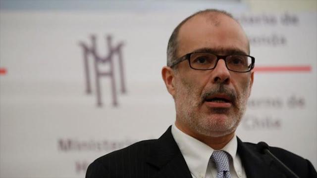 Renuncia ministro de Hacienda de Chile por diferencia con Bachelet