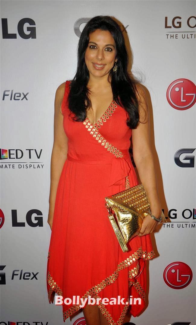 Pooja Bedi, Celebs at LG G Flex Smartphone Launch
