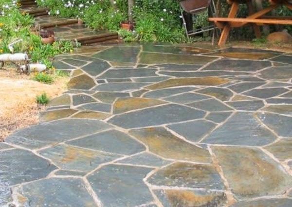 5 opciones de suelos para el jard n y la terraza guia de - Azulejos rusticos para patios ...