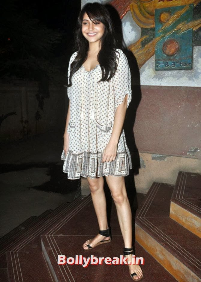 Anushka Sharma, Which Bollywood Actress Wears the Casual Clothes Best?