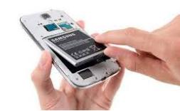 Cara mengatasi handphone terendam air