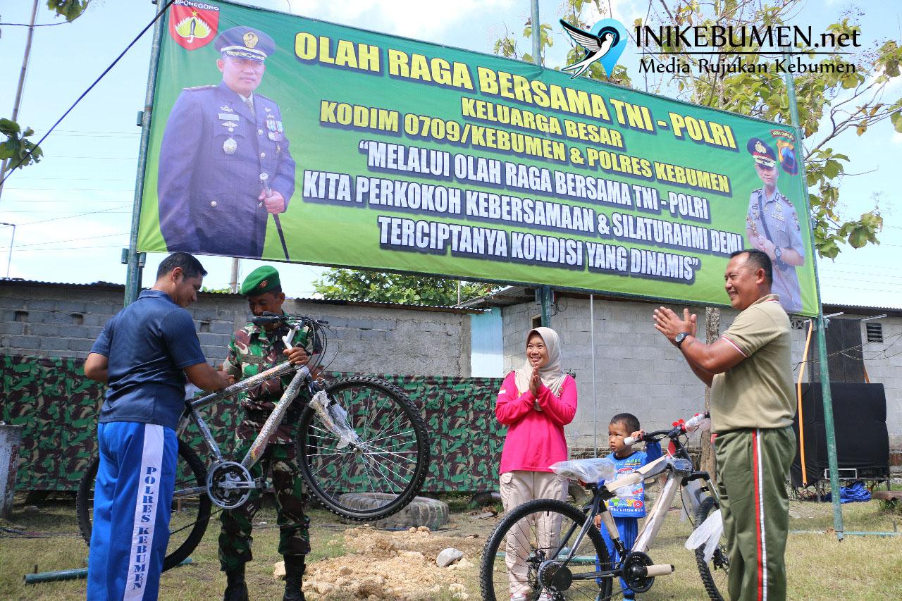 Jaga Sinergitas, TNI-Polri di Kebumen Gelar Olahraga Bareng