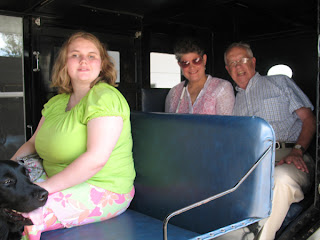 Brianna and guide Lacy, Rev. Roedder and Laurel in Amish buggy