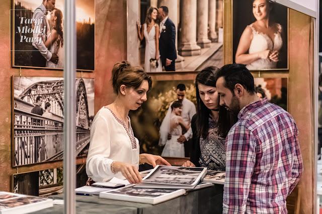Prezentacja oferty fotografa ślubnego Targi Młodej Pary.