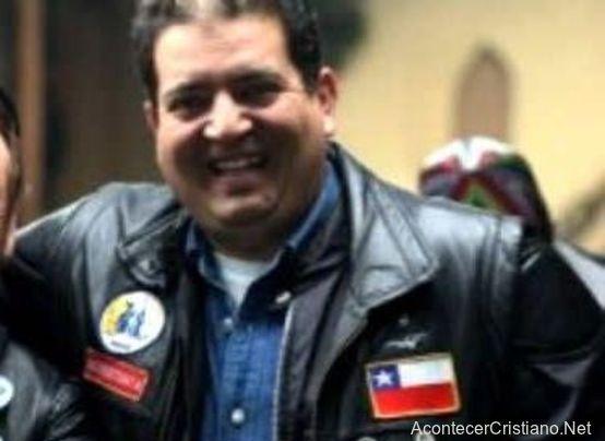 Pastor chileno presentará una demanda civil contra Dios