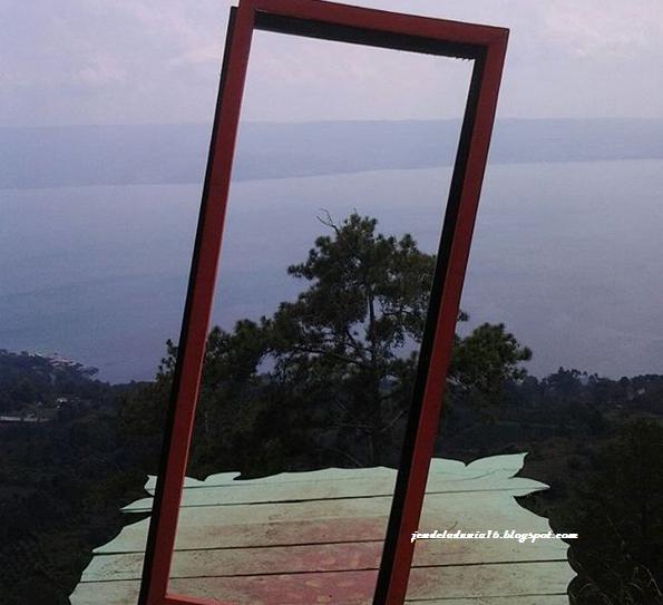Bukit Indah Simanjarunjung, Wisata Romantis Dan Wisata Spot Foto Terbaik Di Sumatera Utara