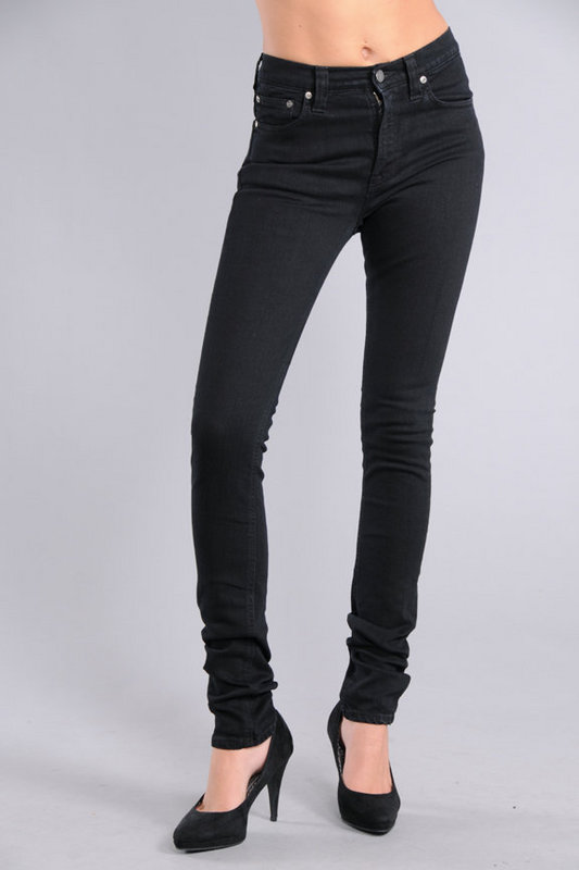 3ae279f637d High waist skinny jeans are now becoming popular once again. High waist  jeans for women stopped being in fashion for a time when various designs of  low .