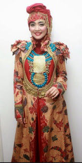 Model Baju Busana Muslim Terbaru Gaya Artis Nuri maulida
