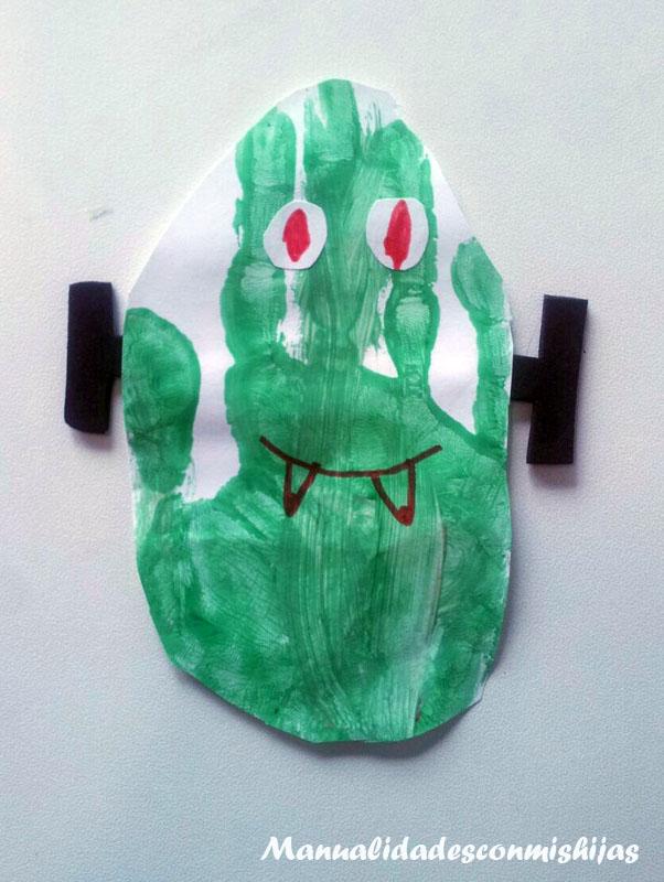 Frankestein - Halloween - Huellas de la mano y témperas