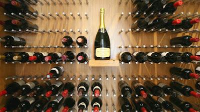 come conservare bottiglie vino cantina