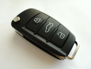 Toyota Sequoia OEM transponder key and remote key fob