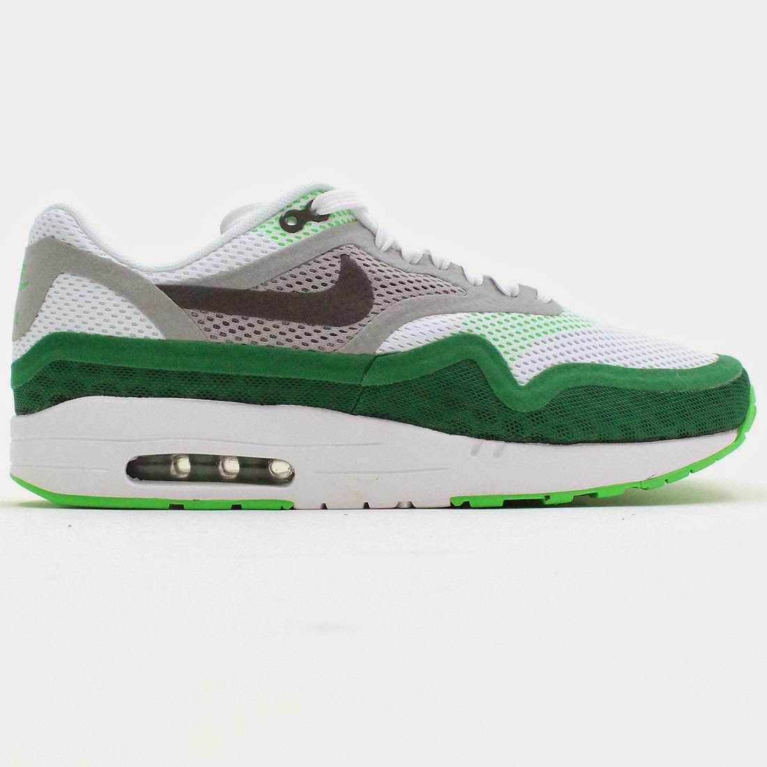 detailed look cd27b 6036a ... BR in both green and blue colourways (pictured below) in the classic Air  Max 1 shape with a more lightweight breathable mesh and features hidden  seams ...