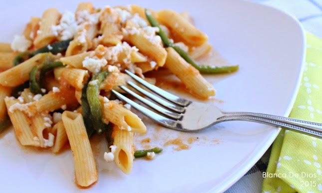 Receta fácil de macarrones con queso by www.unamexicanaenusa.com