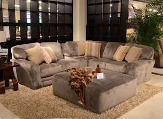 http://www.homecinemacenter.com/Everest-BUILD-YOUR-PERSONAL-Sectional-4377-p/jac-4377.htm