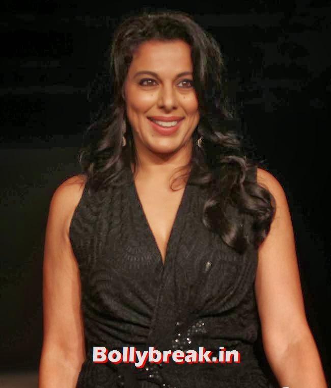 Pooja Bedi, Bollywood Actresses at Lakme Fashion Week 2014