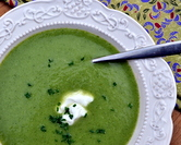Quick Broccoli Soup ♥ KitchenParade.com