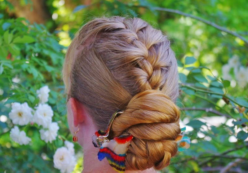 5 Minute Hairstyles Braids: HAIRSTYLES TREND: >5 Minute Hairstyle~ Poofy French Mohawk