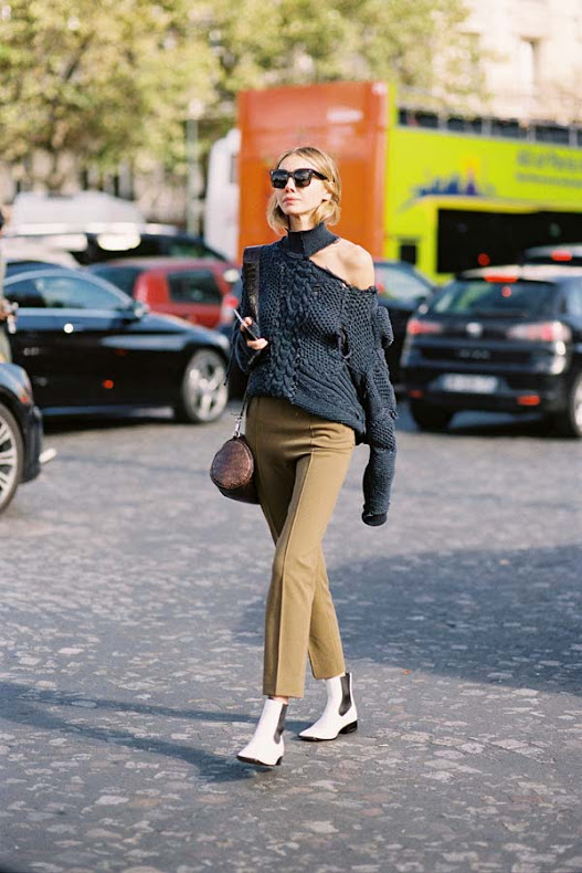 After-A-Show-Street-style-at-Paris-Fashion-Week-Spring-Summer