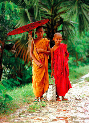 Myanmar Buddhist novices