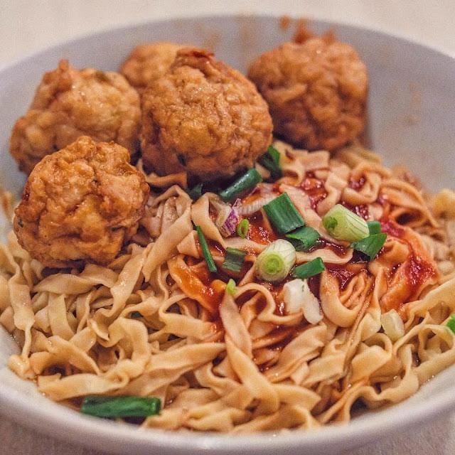 Chicken Meatballs Noodle