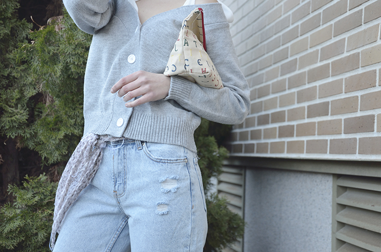 grey_jacket_mom_jeans_look_fashion_outfit_trends_gallery