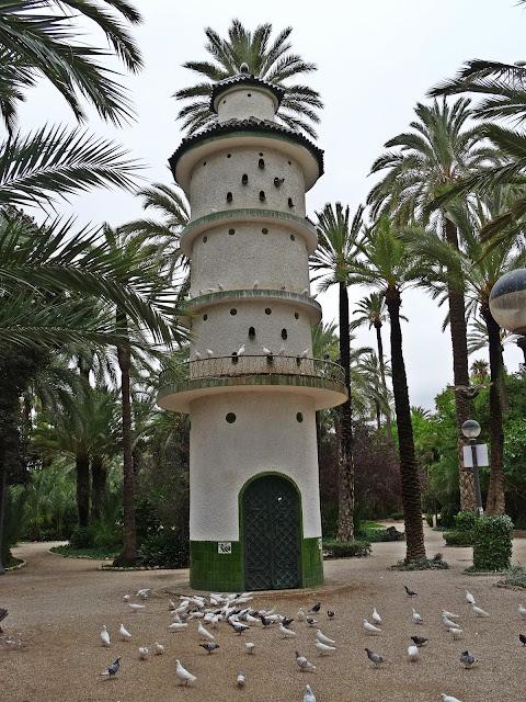 domek dla gołębi Elche gaj palmowy