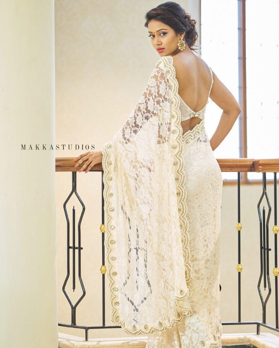 Nivetha Pethuraj Hot Photos Gallery