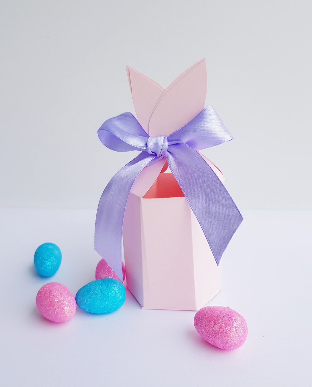 Free bunny ears gift box printable for easter now thats peachy for each easter party guest or the perfect size for small gifts for the kids school friends teacher or work colleagues also a easy craft project for negle