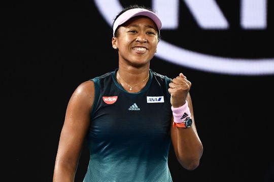 Naomi Osaka wins women Grand Slams back-to-back .