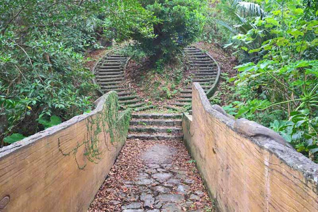 stone bridge, circular stairway, Sai On Conservation Park, Hedo