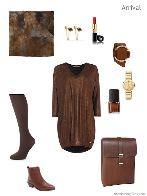 travel tunic and tights, with accessories, in shades of brown