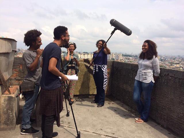"""O projeto """"Jardim Peri Alto em Cena"""" tem como tema a ancestralidade das moradoras e moradores negros e negras do bairro Jardim Peri Alto"""
