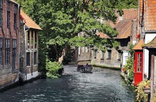 1. Kanal-kanal Bruges