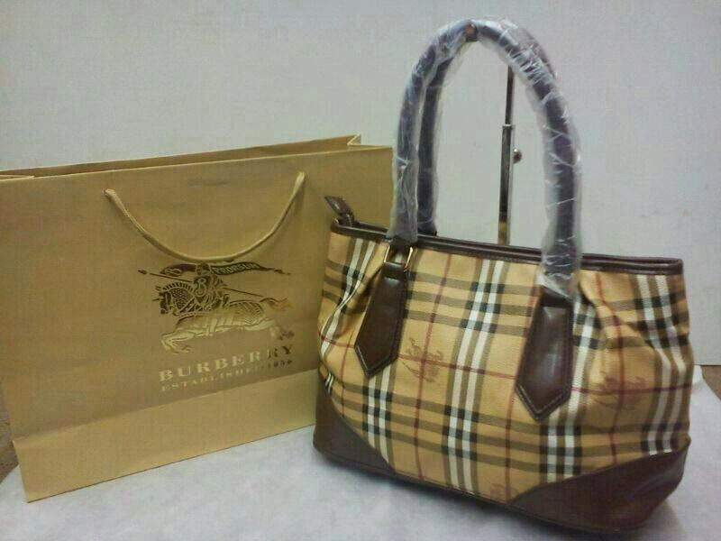 Alisha Collections - The Ultimate Fashion Accessory  BURBERRY GRED AAA bdb04b945d154