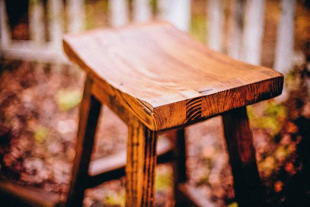 Kursi kayu
