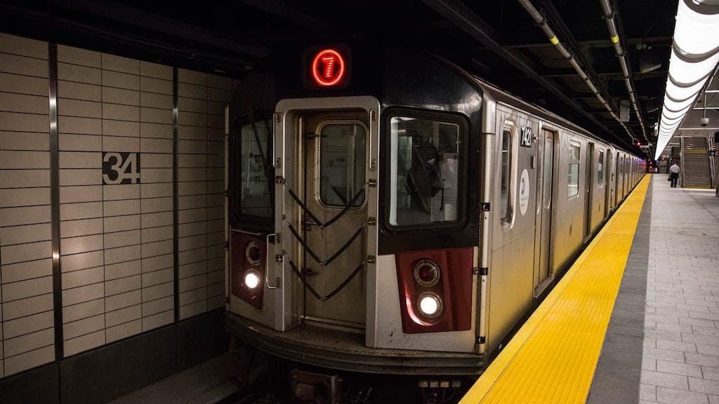 #275 Fantasía: Viaje en metro | luisbermejo.com | podcast