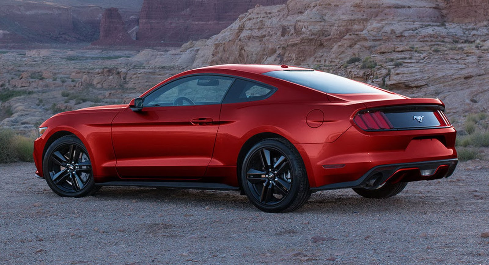 2017 Vs 2018 Mustang >> 2018 Vs 2017 Ford Mustang: Poll & Photo Comparison | Carscoops