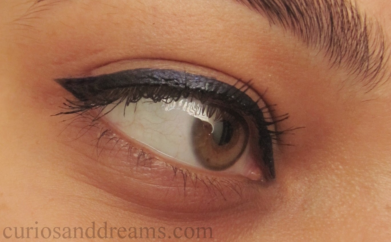 Maybelline Hyperglossy Liner Navy Blue review