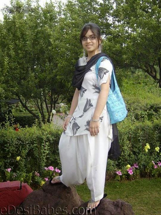 Beautiful Desi Sexy Girls Hot Videos Cute Pretty Photos -2599