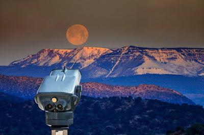 Contoh Teleskop